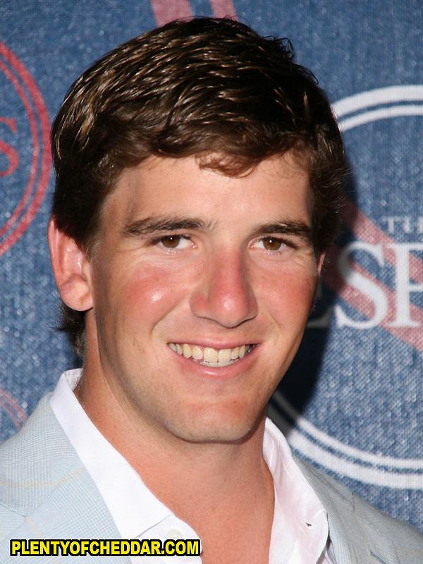 Eli-Manning-Plenty-of-Cheddar