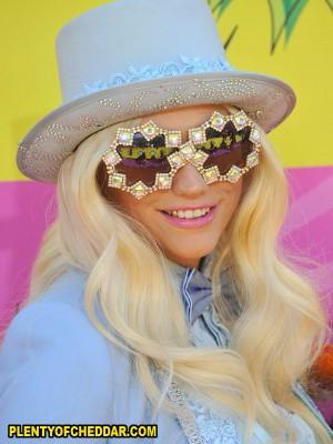 Kesha-Plenty-of-Cheddar