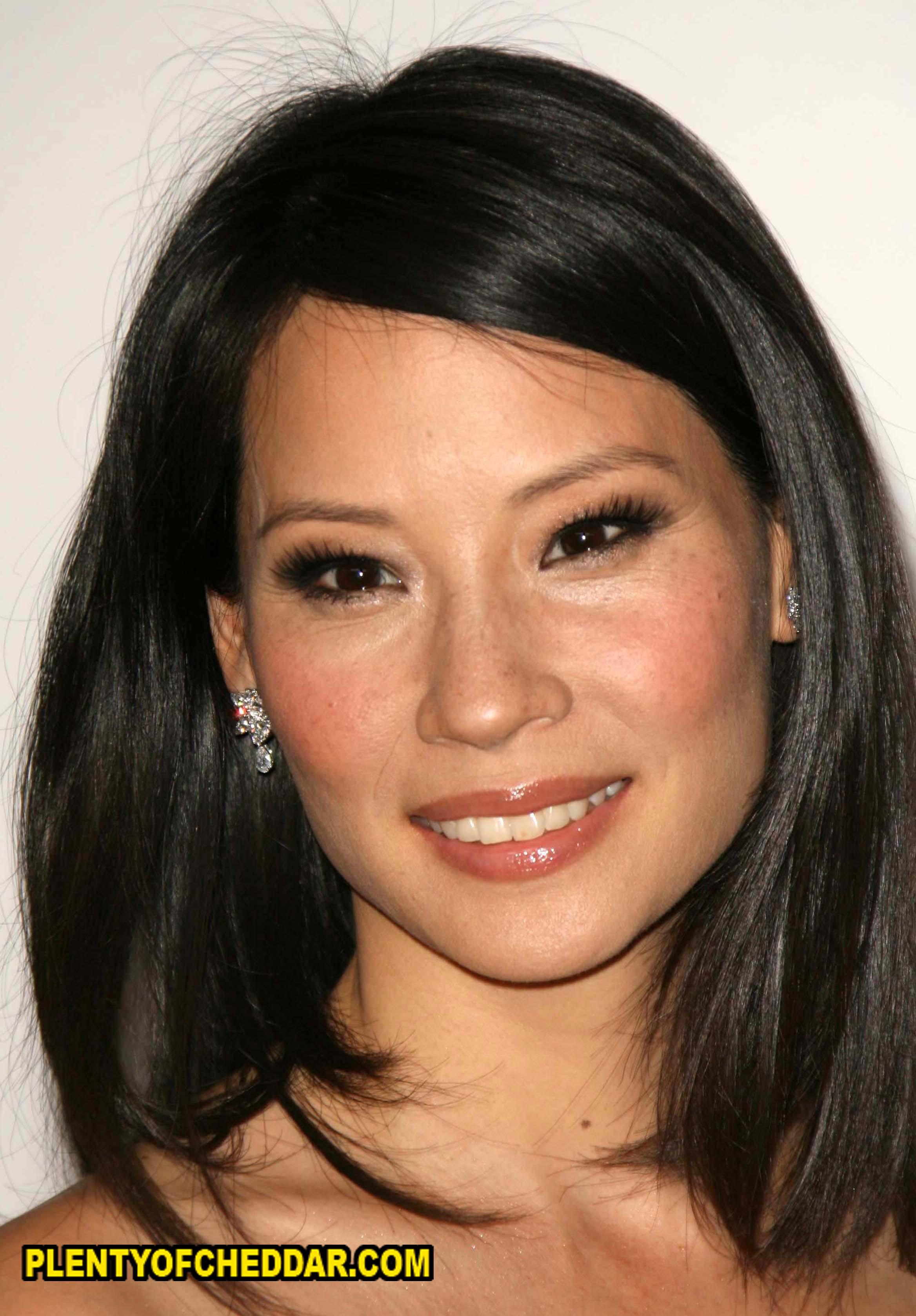 Lucy Liu real age