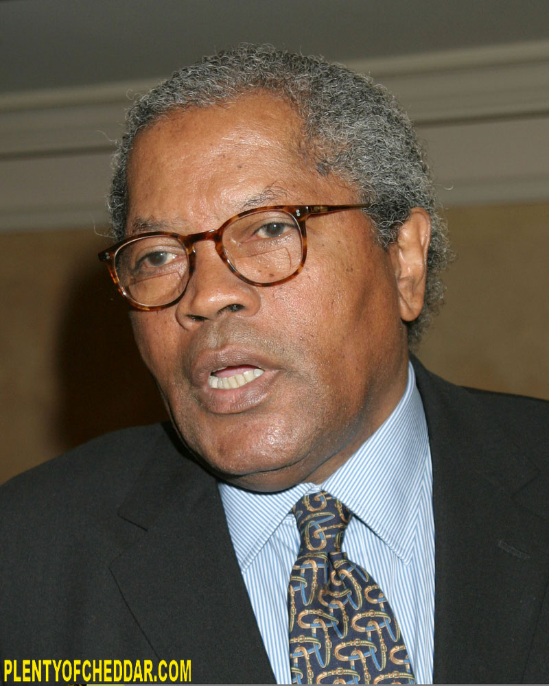Clarence Williams Iii Clarence Williams III has an