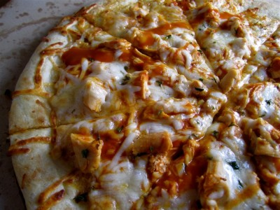 Cheat-Meals-Buffalo-Chicken-Pizza-1024x768-1