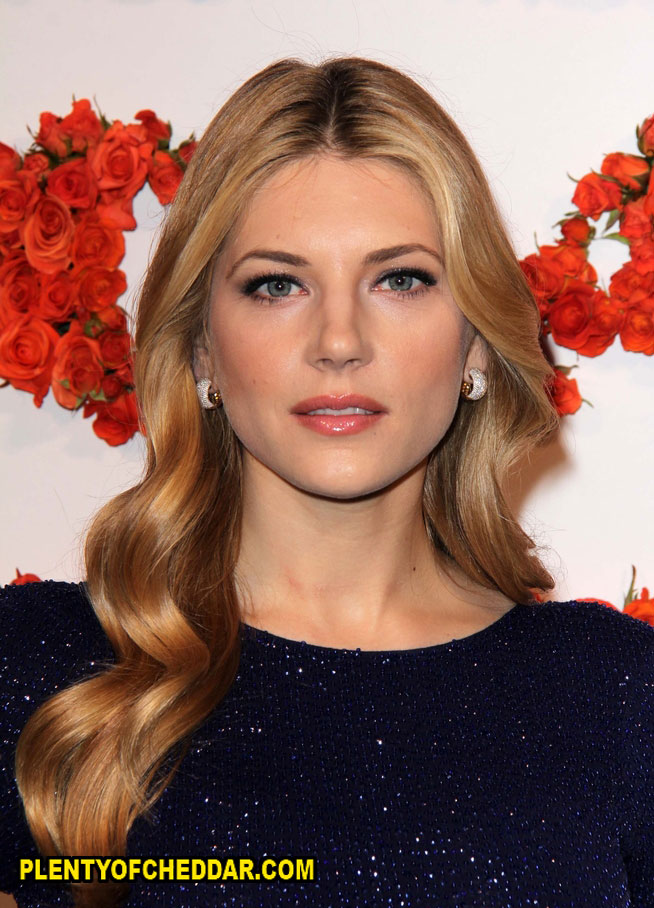 Katheryn Winnick worth